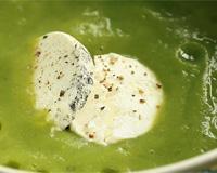 Вылейте суп-пюре